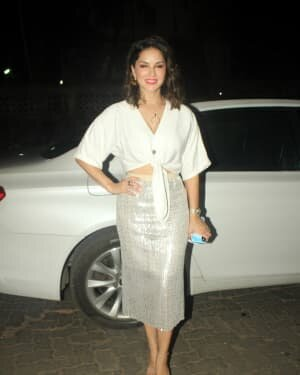Sunny Leone - Photos: Celebs Spotted At Juhu   Picture 1763722