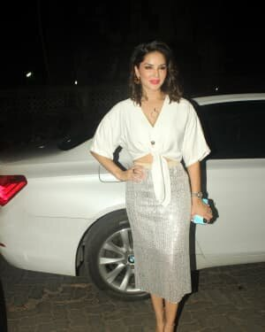 Sunny Leone - Photos: Celebs Spotted At Juhu   Picture 1763721