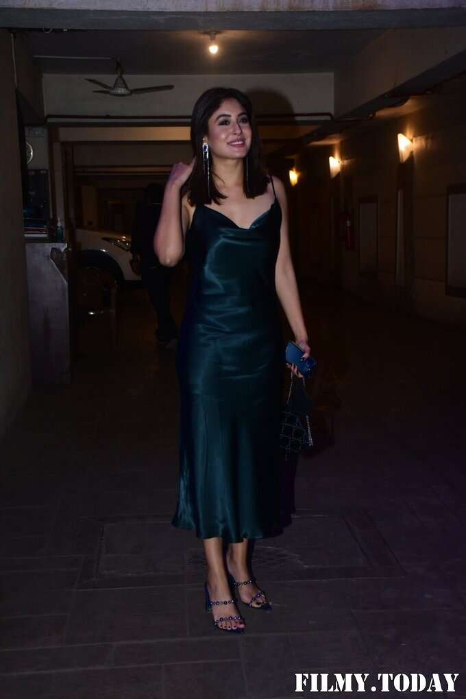 Kritika Kamra - Photos: Celebs Spotted At Kareena Kapoor's House For New Year Party   Picture 1763706