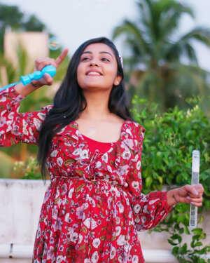 Smruthi Venkat Latest Photoshoot | Picture 1762974