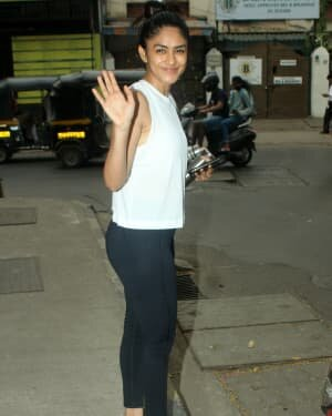 Mrunal Thakur - Photos: Celebs Spotted At Gym | Picture 1764110