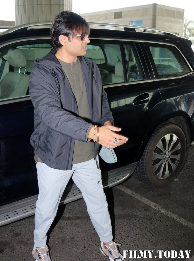 Vivek Oberoi - Photos: Celebs Spotted At Airport   Picture 1765998