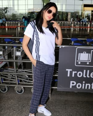Mahira Sharma - Photos: Celebs Spotted At Airport | Picture 1765952