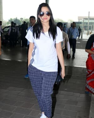 Mahira Sharma - Photos: Celebs Spotted At Airport | Picture 1765953