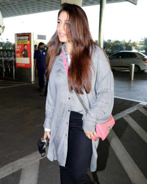 Hansika Motwani - Photos: Celebs Spotted At Airport | Picture 1765996