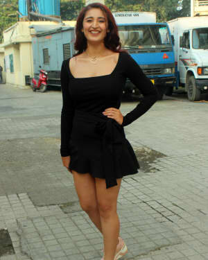 Dhvani Bhanushali - Photos: Celebs Spotted At Pvr Juhu | Picture 1765989