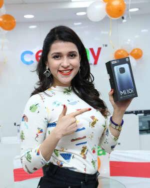 Photos: Mannara Chopra Unveils Xiaomi Mi10i Smartphone | Picture 1765978