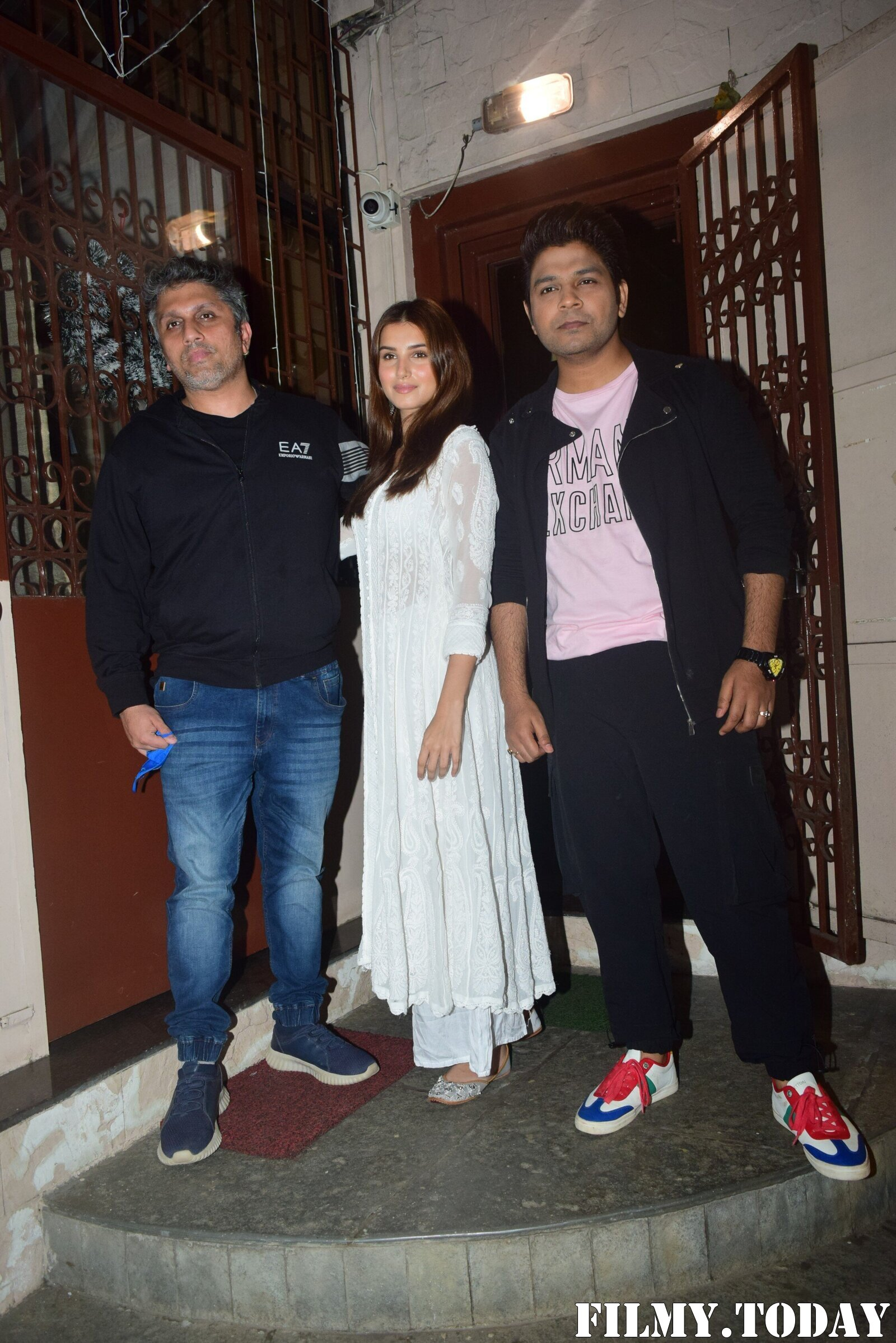 Photos: Celebs Spotted At Dubbing Studio | Picture 1767936