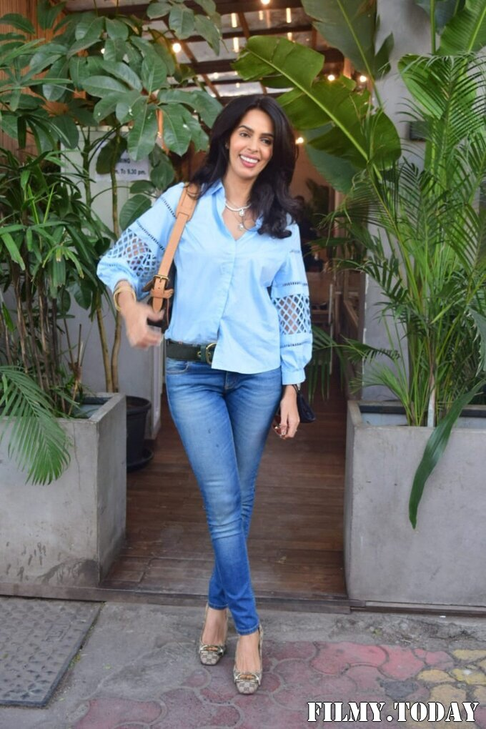 Mallika Sherawat - Photos: Celebs Spotted At Kitchen Garden In Juhu | Picture 1767945