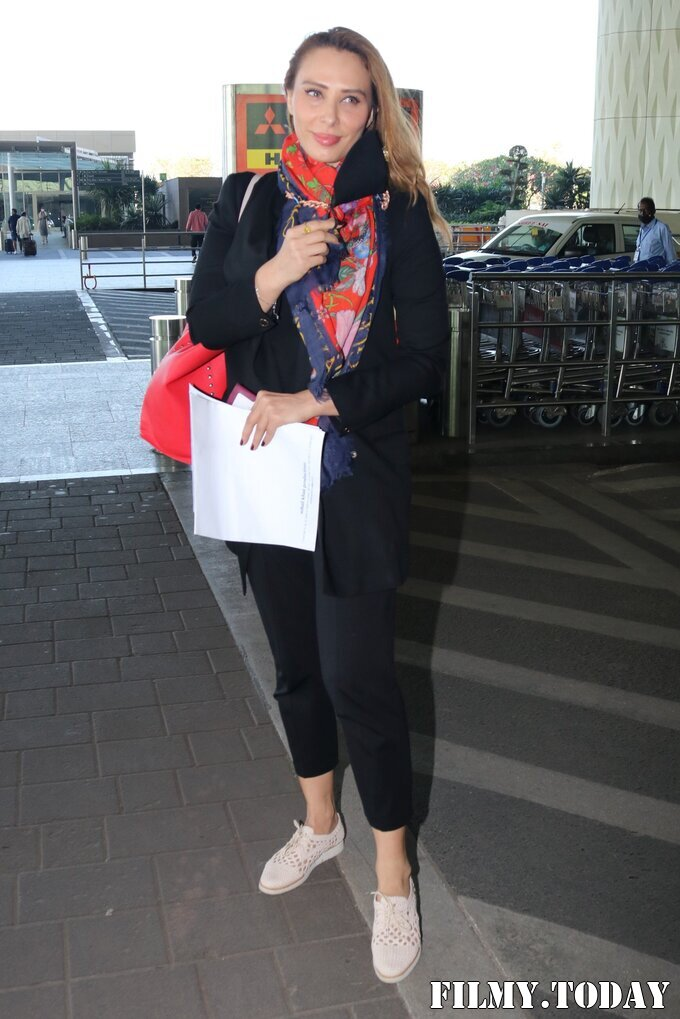 Lulia Vantur - Photos: Celebs Spotted At Airport | Picture 1768681