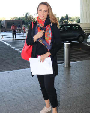 Lulia Vantur - Photos: Celebs Spotted At Airport | Picture 1768679