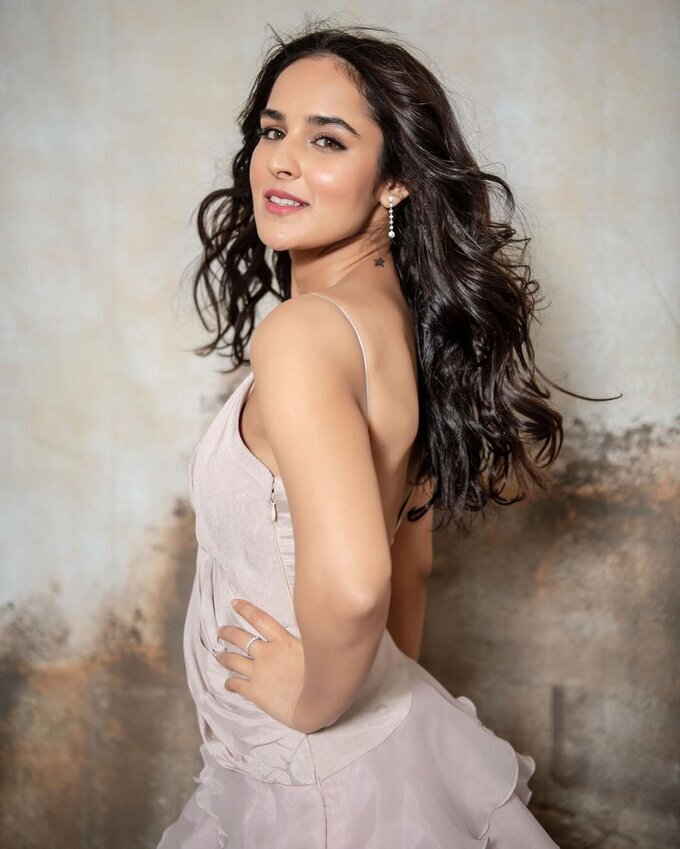 Angira Dhar Latest Photos   Picture 1769222