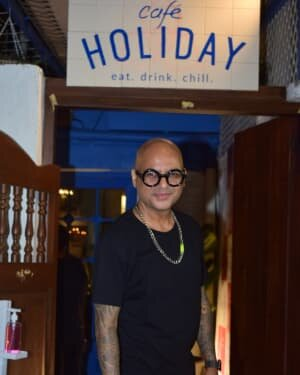 Photos: Celebs At The Launch Of Holiday Resturant In Versova | Picture 1770468