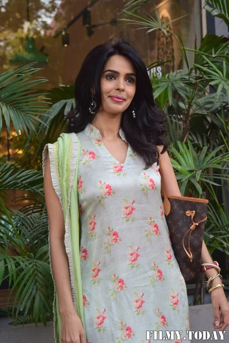 Mallika Sherawat - Photos: Celebs Spotted At Kitchen Garden In Juhu | Picture 1770516