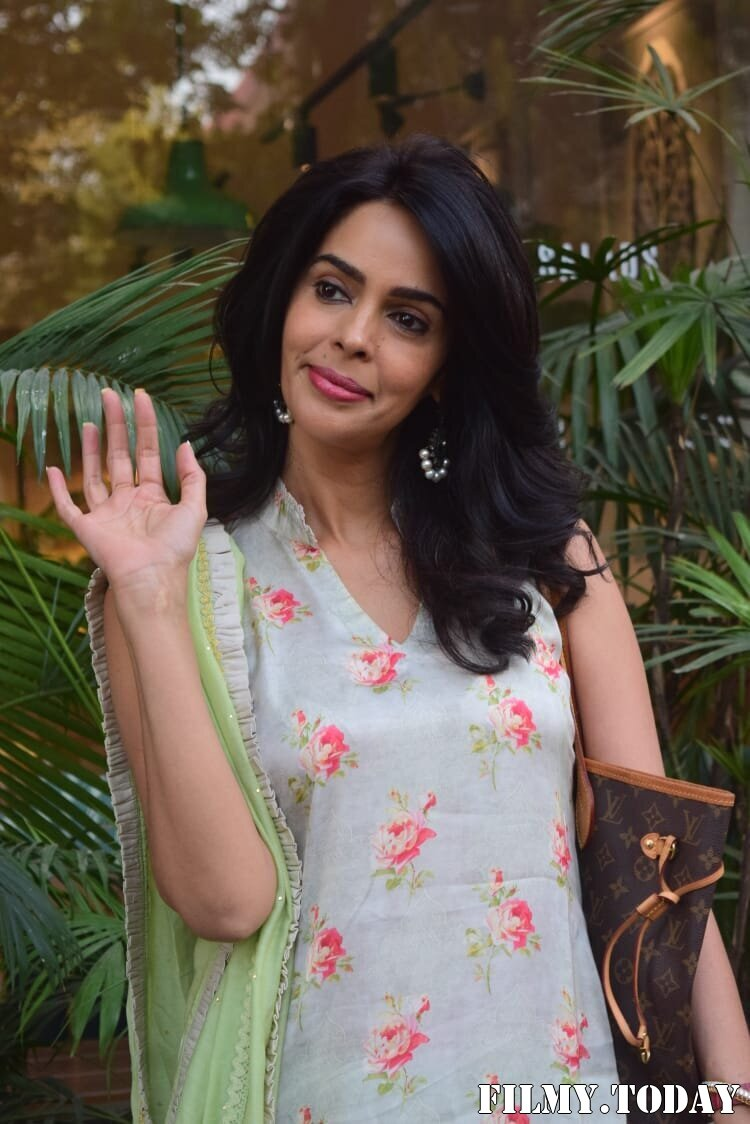 Mallika Sherawat - Photos: Celebs Spotted At Kitchen Garden In Juhu | Picture 1770521
