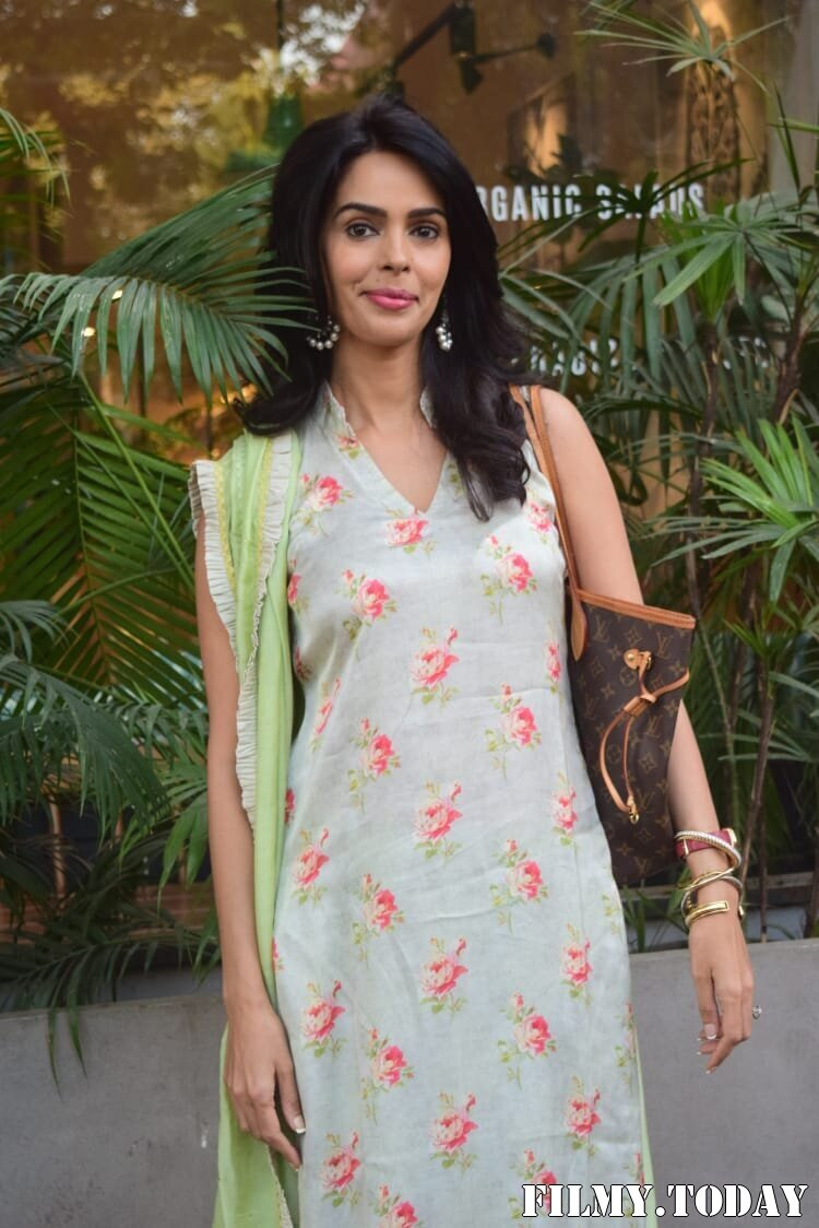 Mallika Sherawat - Photos: Celebs Spotted At Kitchen Garden In Juhu | Picture 1770519