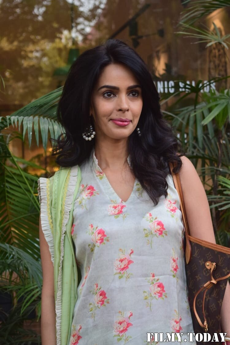 Mallika Sherawat - Photos: Celebs Spotted At Kitchen Garden In Juhu   Picture 1770515