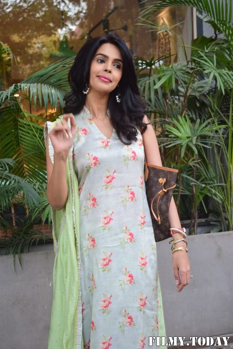 Mallika Sherawat - Photos: Celebs Spotted At Kitchen Garden In Juhu | Picture 1770520