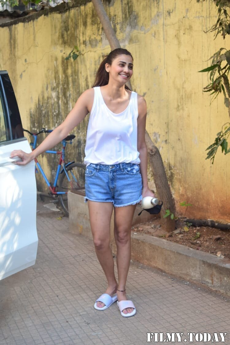 Daisy Shah - Photos: Celebs Spotted At Gym | Picture 1770648