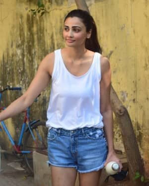 Daisy Shah - Photos: Celebs Spotted At Gym