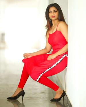 Shivani Narayanan Photos | Picture 1770679