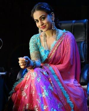 Aksha Pardasany Latest Photos | Picture 1817662