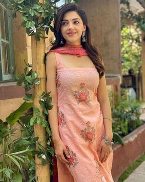 Mehrene Kaur Pirzada Latest Photos | Picture 1818165