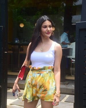Amyra Dastur - Photos: Celebs Spotted At Bandra | Picture 1818102