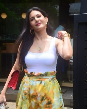 Amyra Dastur - Photos: Celebs Spotted At Bandra | Picture 1818100