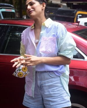 Kubbra Sait - Photos: Celebs Spotted At Bandra | Picture 1819192
