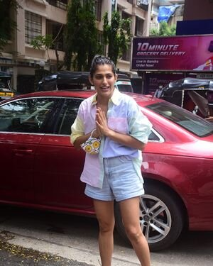 Kubbra Sait - Photos: Celebs Spotted At Bandra | Picture 1819193