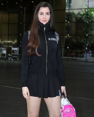Giorgia Andriani - Photos: Celebs Spotted At Airport   Picture 1819563