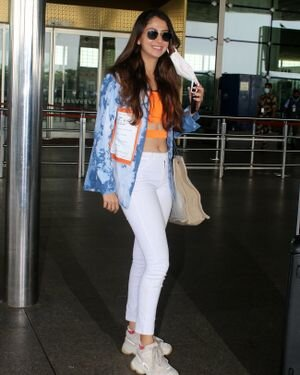 Malvika Raaj - Photos: Celebs Spotted At Airport | Picture 1819540
