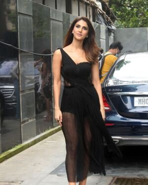 Vaani Kapoor - Photos: Celebs Spotted At Juhu | Picture 1819535