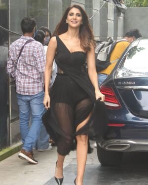 Vaani Kapoor - Photos: Celebs Spotted At Juhu | Picture 1819537