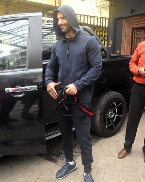 John Abraham - Photos: Celebs Spotted At Bandra | Picture 1820132