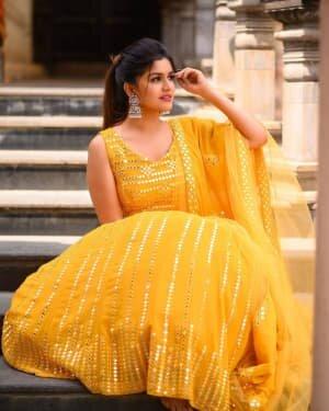 Sanjana Anand Latest Photos | Picture 1800024