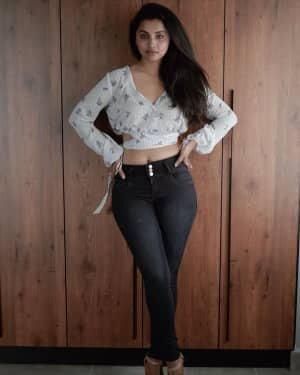 Anicka Vikhraman Latest Photos | Picture 1801326