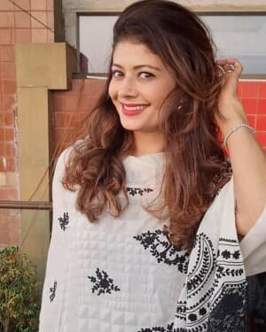 Pooja Batra Latest Photos   Picture 1801974