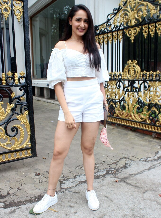 Pragya Jaiswal - Photos: Celebs Spotted Outside Royal China Restaurant | Picture 1802198