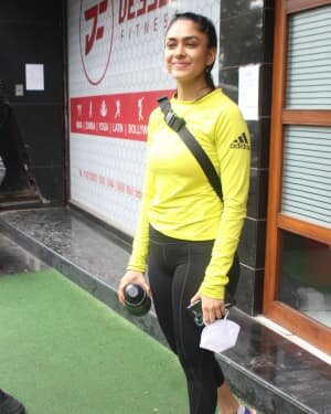 Mrunal Thakur - Photos: Celebs Spotted At Gym | Picture 1805136