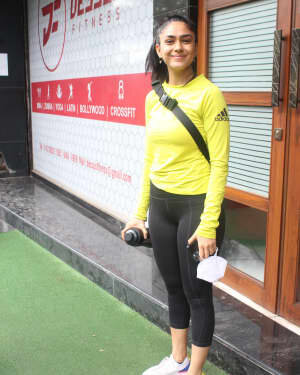 Mrunal Thakur - Photos: Celebs Spotted At Gym | Picture 1805134