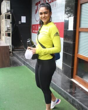 Mrunal Thakur - Photos: Celebs Spotted At Gym