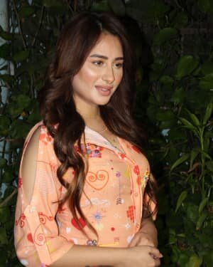Photos: Mahira Sharma Spotted During Shooting Of A Magazine Cover | Picture 1805796