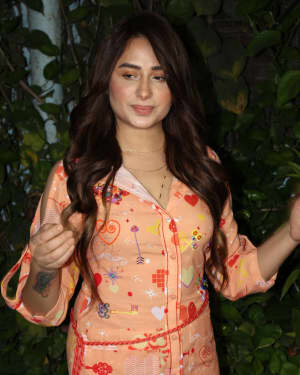 Photos: Mahira Sharma Spotted During Shooting Of A Magazine Cover   Picture 1805787