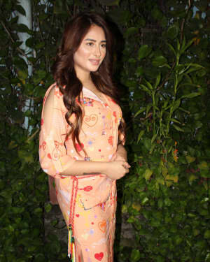 Photos: Mahira Sharma Spotted During Shooting Of A Magazine Cover   Picture 1805794