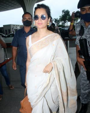 Kangana Ranaut - Photos: Celebs Spotted At Airport   Picture 1806371