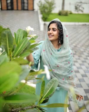 Noorin Shereef Latest Photos   Picture 1807473