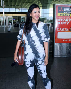 Shriya Pilgaonkar - Photos: Celebs Spotted At Airport | Picture 1778199