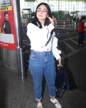 Kritika Kamra - Photos: Celebs Spotted At Airport | Picture 1778231